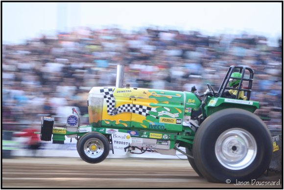 28ème Tracteur Pulling de Bernay.