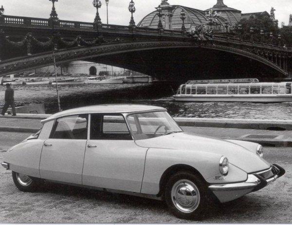La Citroën DS 19 de 1965.