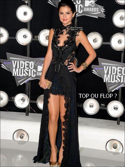 Ajoute Selena-Gomez à tes favoris__________________________REJOINS LE GROUPE FAN SUR SELENA GOMEZ !