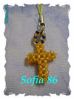 Un zoli bijoux pour Natel, croix orange !!!