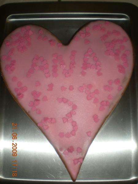 Mon beau gâteau que j'ai fait rien que pour elle!!!!!!!!!!!!!