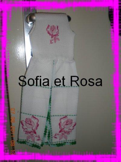 Petite robe avec d'autres roses