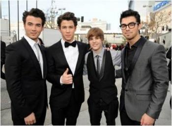 Jonas Brothers avec Justin Bieber