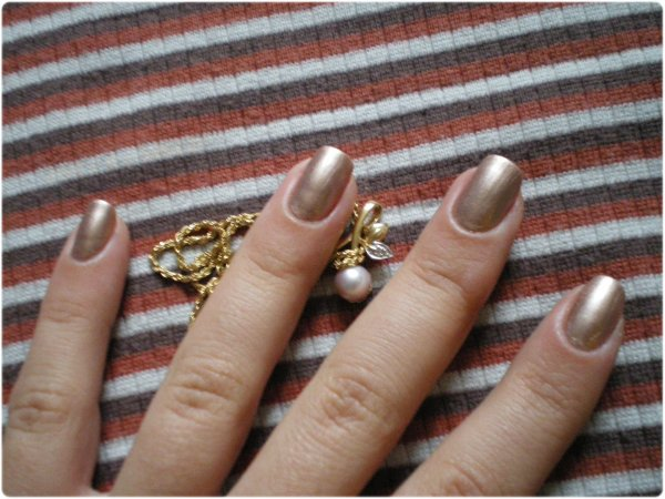 TEST: VERNIS MIDNIGHT BRONZE DE CHEZ MAX FACTOR...