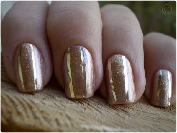 NAIL ART OH! MY GOLDNESS!