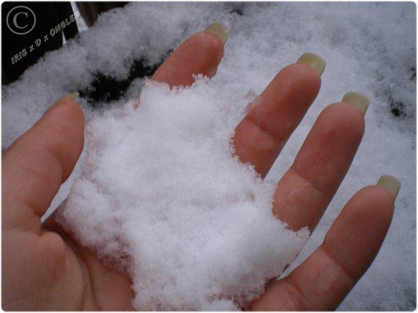 Mes ongles 6mm dans la neige!