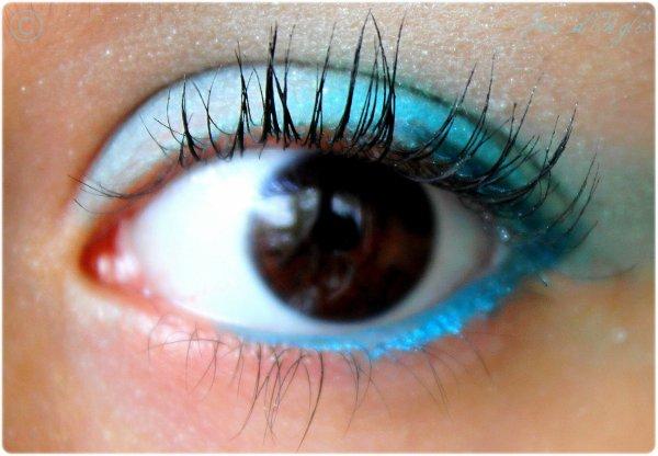 """Maquillage du jour: """"Turquoise comme un lagon"""" :D"""