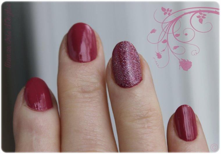 "Maman Iris, son premier test: vernis N°610 ""Blissful"" de chez GOSH !"