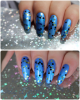 Superposition: vernis N°13 Mrs and Mr Glitter sur vernis N°44 Bleu Shot de chez Arcancil!