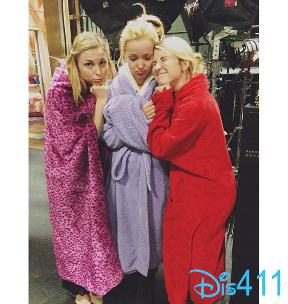 Dove et les filles qui font les doublures de Liv et Maddie 2