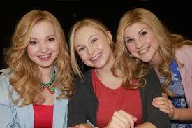 Dove et les filles qui font les doublures de Liv et Maddie 3