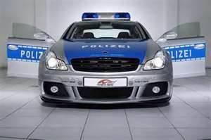 VOITURE DE POLICE