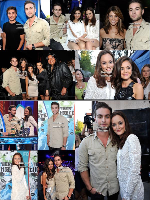 *  Découvre en images le résumé des « Teen Choice Awards ». (1ere partie)             Ton avis sur les looks ?  Zac Efron, Selena Gomez, les Kardashians, Ashley Greene etc... étaient également présents. La listes des récompenses arrive. *