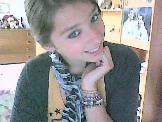Tu es le seul dont j'ɑi besoin pɑrce-qu'il n'y ɑ rien comme ton sourir remplie de soleil ♥