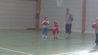 alexis et jordan au basket