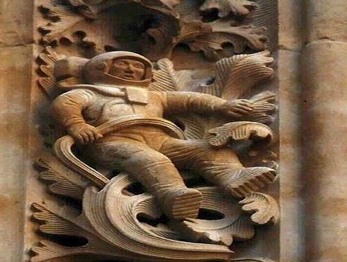 une sculpture à Salamanque