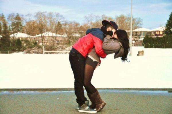 La meilleure façon d'aimer quelqu'un, c'est de ne jamais oublier qu'on pourrait la perdre à tout moment...
