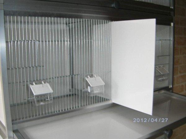 cage d 39 levage pour tout oiseaux double la s paration se retire blog de freddy191. Black Bedroom Furniture Sets. Home Design Ideas