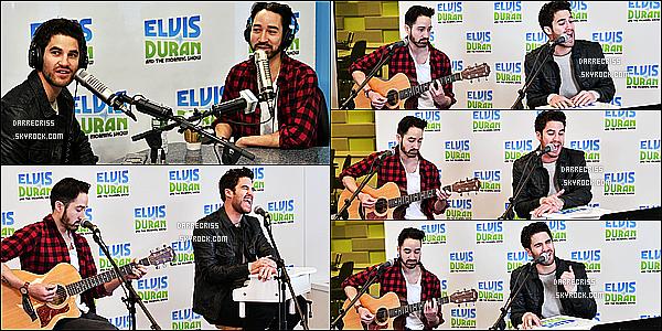 * 09/03/17 : Darren Criss a assisté à une interview pour la radio - « The Elvis Duran Z100 Morning Show ». Darren a également chanté à cette émission de radio. Darren est vraiment superbe. Il porte une tenue basique que j'aime bien. Je lui donne un Top.  *