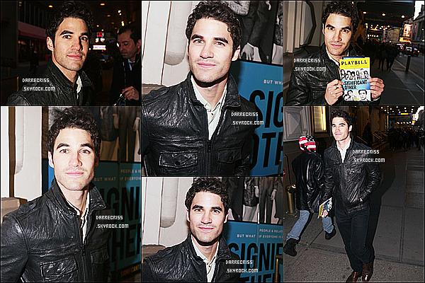 * 23/03/17 : Darren a été aperçue se rendant au théatre de Broadway pour voir « Significant Other » à New York. Ca faisait longtemps qu'on avait pas eu un candid de Darren mais c'est dommage qu'il n'y ai pas tellement de photos. J'aime bien la tenue qu'il porte  *