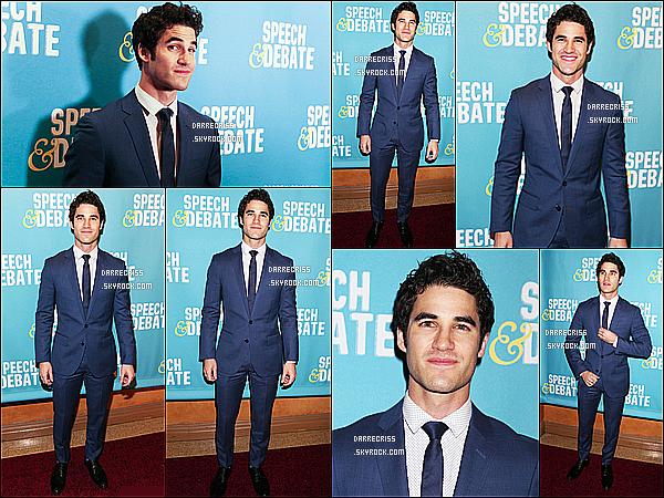 * 02/04/17 : Darren C. était présent à l'avant première du film « Speech And Debate » se déroulant à New York. Darren était vraiment superbe. J'aime beaucoup le costume qu'il porte et la cravate lui va bien et est assortie à la tenue. C'est donc un Top pour moi  *