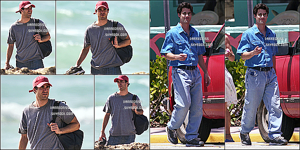 * 02/05/17 : Darren a été aperçue alors qu'il était sur le tournge de la saison 3 de - « American Crime Story ». Darren était très beau. Je trouve que les lunettes lui vont bien, ainsi que la casquette. J'aime beaucoup aussi la tenue qu'il porte - Un Top pour moi.  *