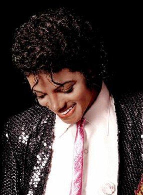 """"""" Michael était quelqu'un de timide, très timide. """" Un ancien garde du corps de Michael Jackson témoigne."""