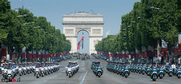 ...PHOTOS DU 14 JUILLET A PARIS  ... :)