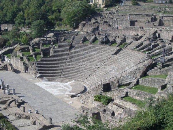 Les Origines du Théâtre