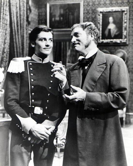 Avez-Vous lu le Roman ? Je trouve le film bien trop long, mais le Prince Salina...Quel personnage !