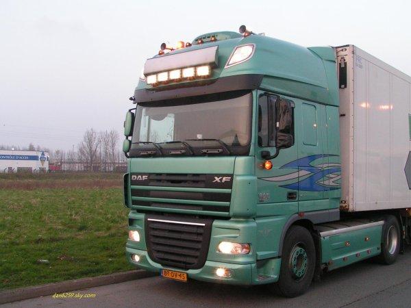 Daf xf 105 410