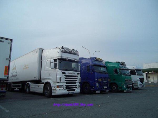 Scania 560 Vs Volvo fh12 460 & Volvo fh13 480 (photo rungis)