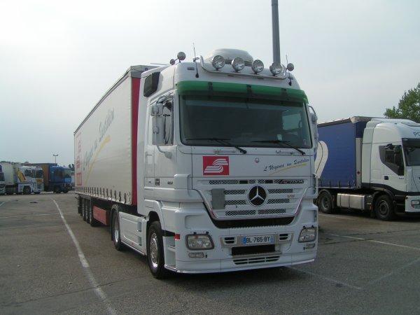 Mercedes actroc V8 18-510