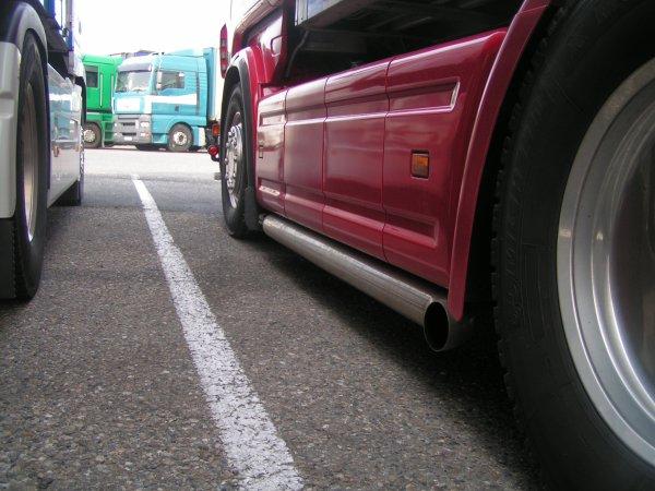 Scania R560 V8