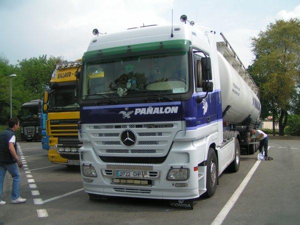 Mercedes actroc V8 18-500
