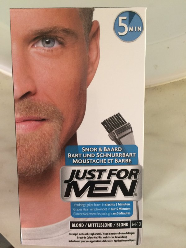Et pourquoi pas une teinture de barbe!!!