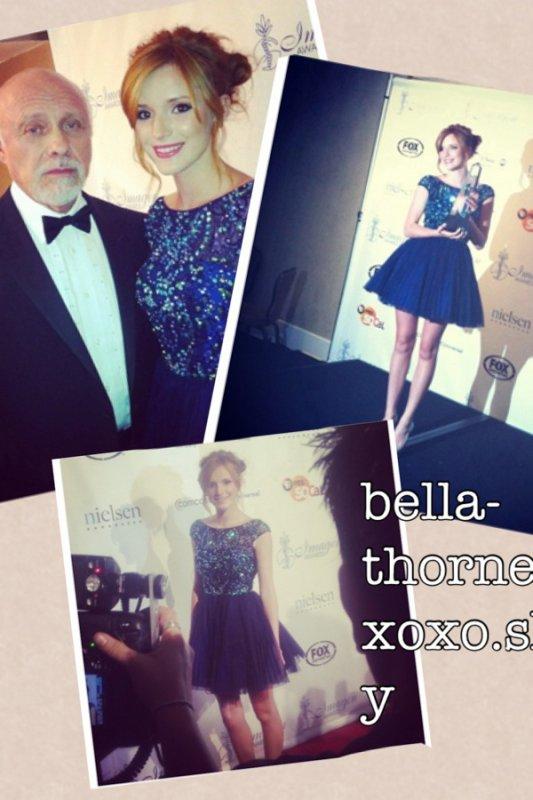 Bella aux AWARDS ! Elle a reçu le prix de la meilleure jeune actrice et a été nominée