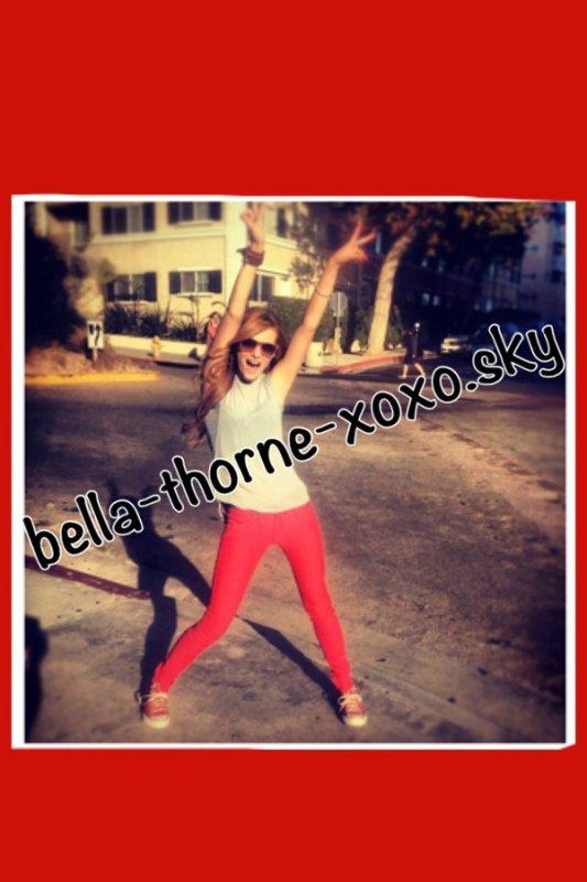 Bella à Santa Monica il y a quelques jour !