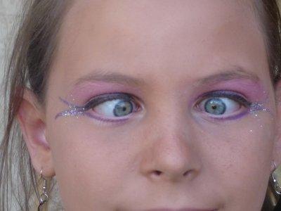 vous aver vu ses yeux !!!!!!!!!!!!!!!!!!!!!!!! jaitai maquiller pour mon  gala de danse