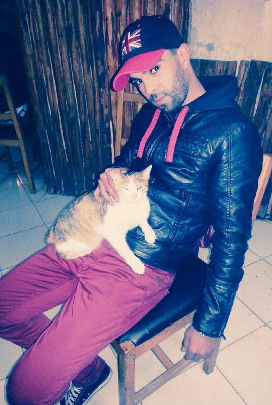 moi et mon chat AGataaaa ^_^