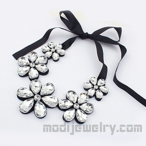 Rhinestone flowers fashion necklace new arrival fashion jewelry latest fashion jewellery trendy hotsale fashion jewelry wholesale fashion jewelry necklace women's fashion jewelry