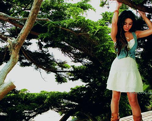 Vanessa Anne Hudgens ♥