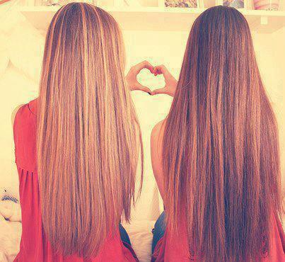 Une meilleure amie, c'est une soeur que la vie ne ta pas donnée.