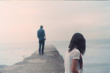 À quoi sert le verbe aimer si la personne concernée n'est pas là pour le conjuguer ?