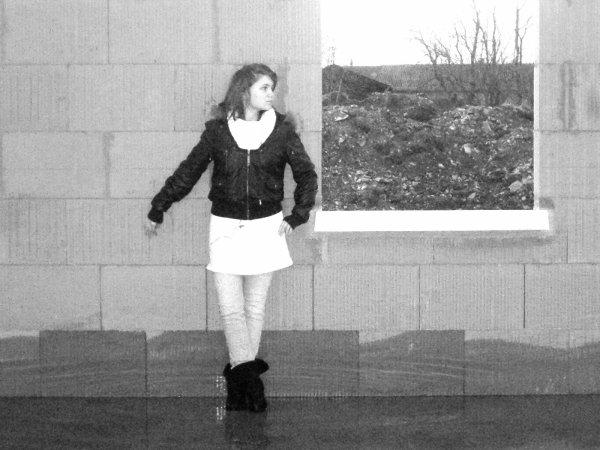 Marie Lou  L'aime à en Marcher Sur La Lune et à voler les étoiles ...