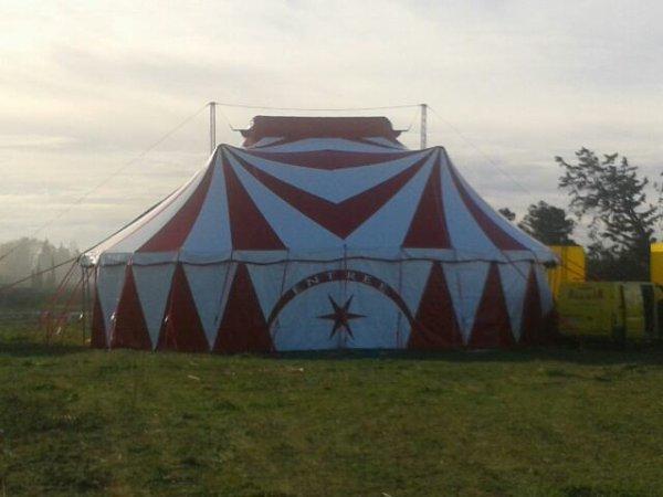 Voici le nouveau chapiteau du cirque alexia