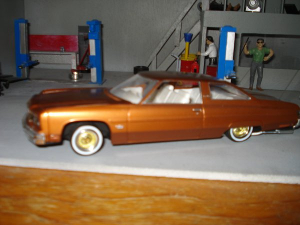 Chevy caprice en lowrider