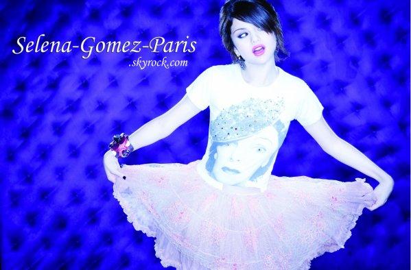 . Selena-Gomez-Paris. .