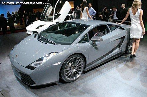 sa aussi sa défonce comme voiture une petit Lamborghini