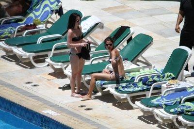 """Le 4 février 2012 Séléna bronze à son hotel """" Sheraton"""" à Rio de Janeiro ."""